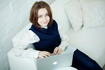 Elena Stolbova